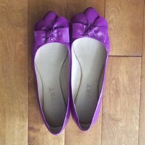 Bright purple Report bow flats